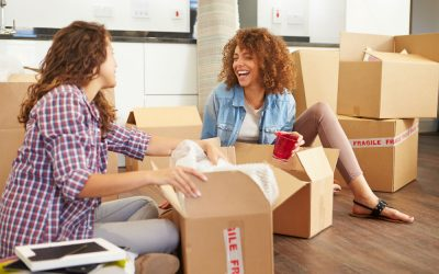 8 Tips on How To Keep In Touch With Friends After You Move