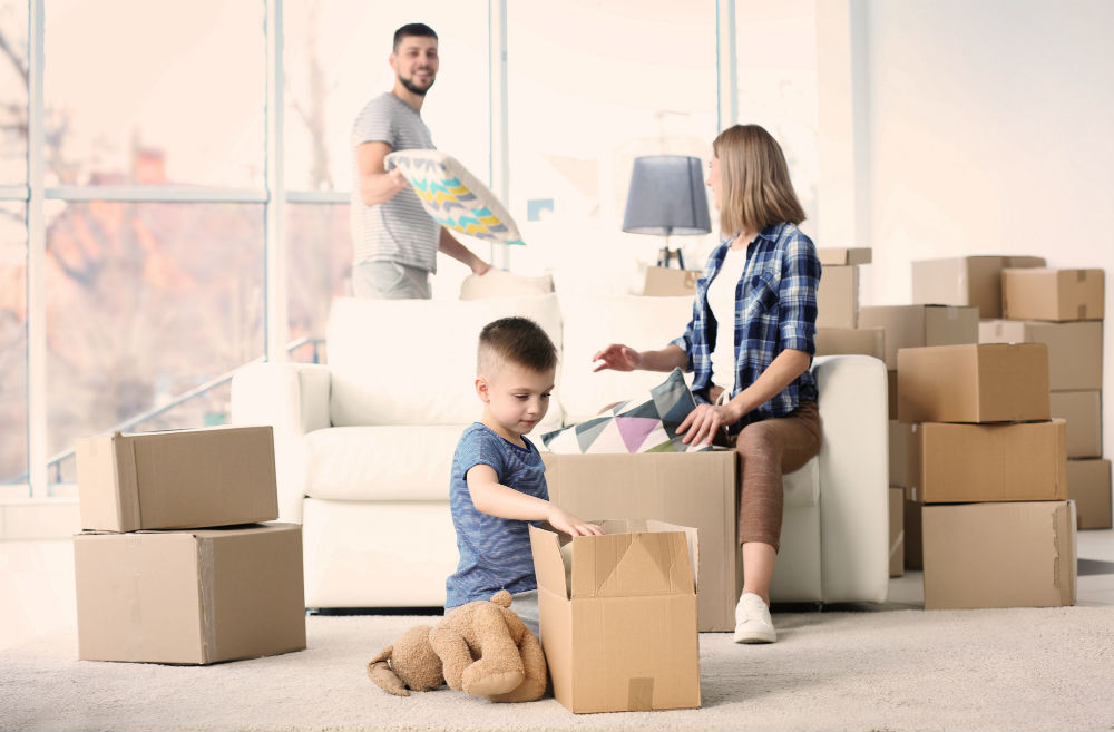 How to Prepare a Child for a Move & Get Them to Help Pack!