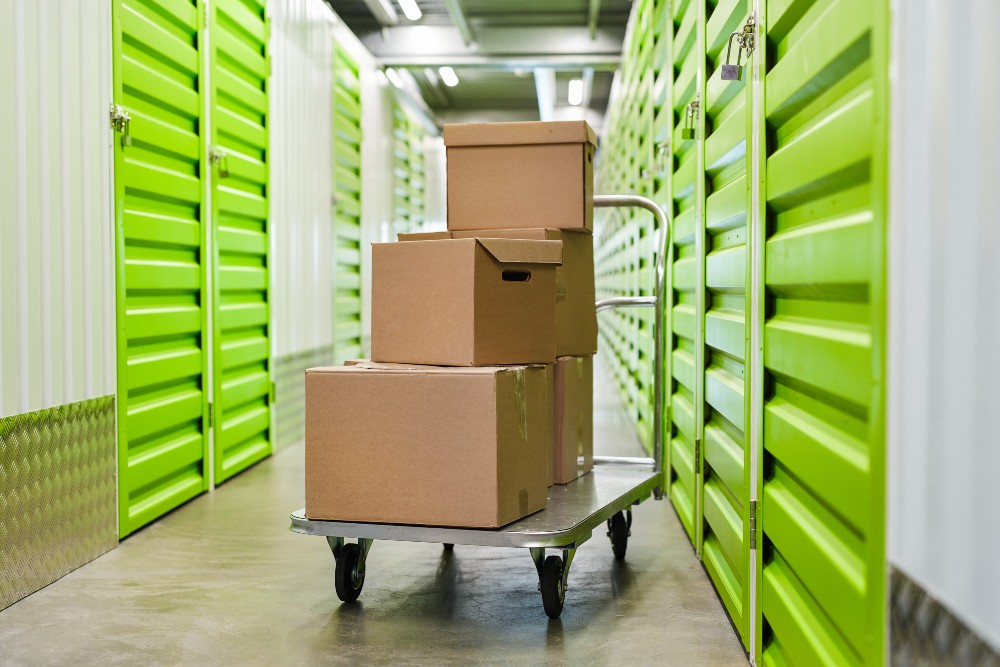 How To Prepare Items for Storage When Moving